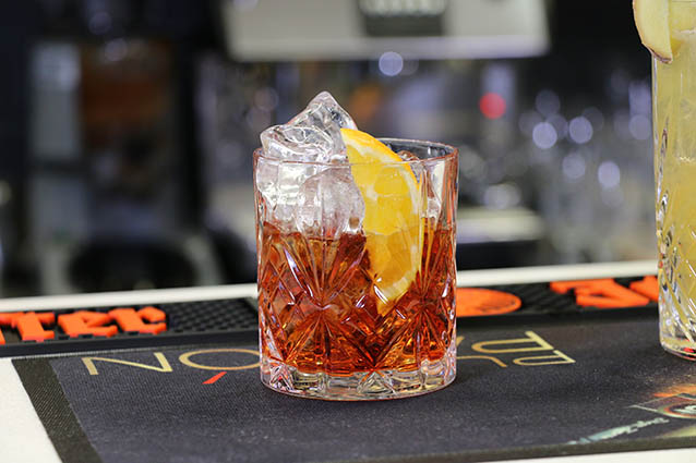 cocktail-recept-negroni-ingredienten
